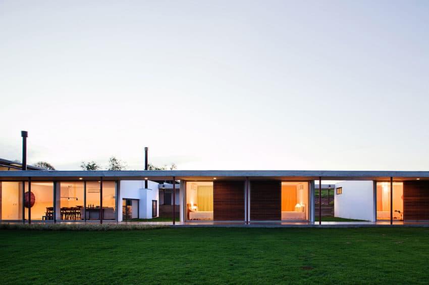 Residencia F.S. by Andrade Morettin Arquitetos Ass. (10)
