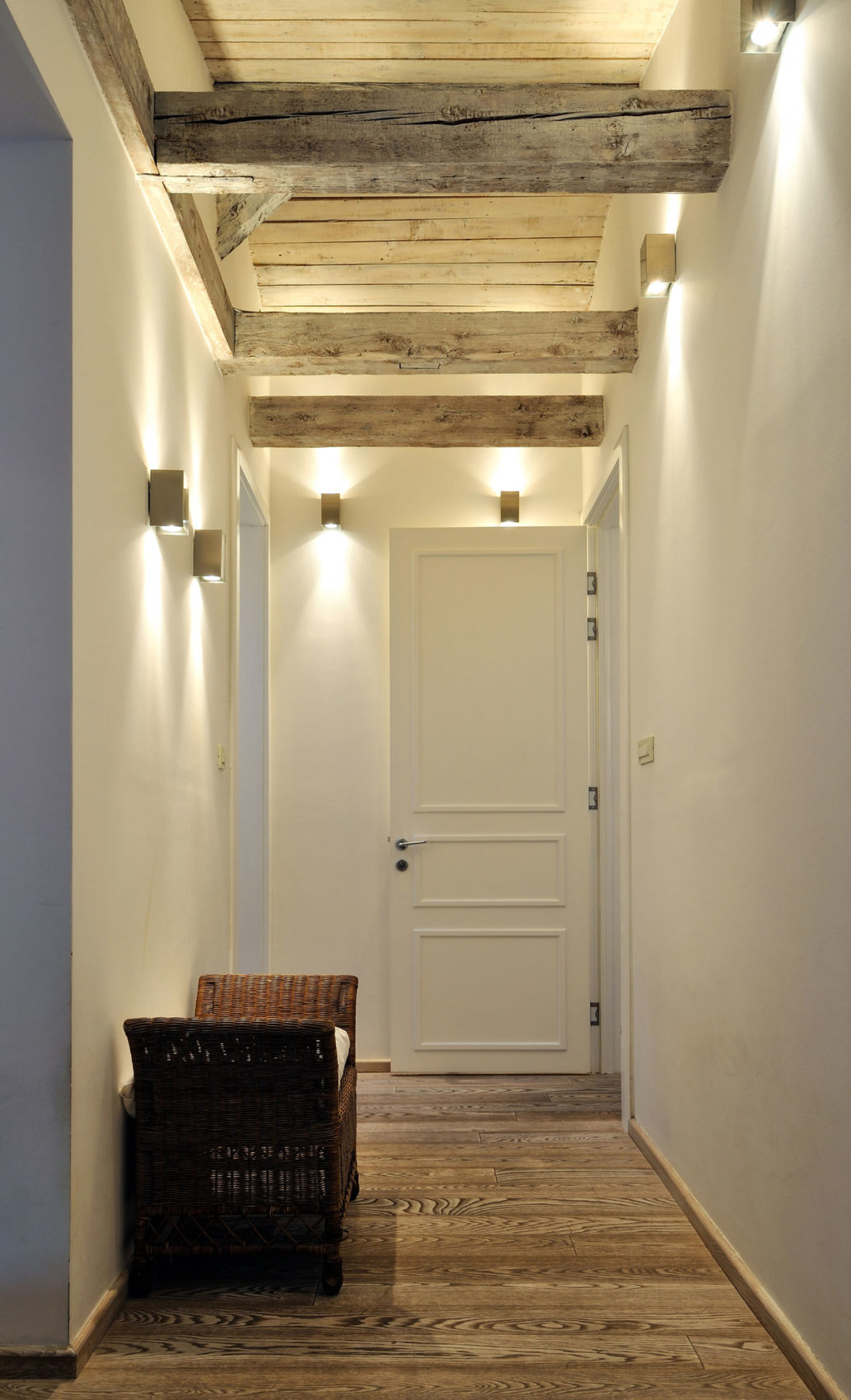 Restored Penthouse in Belgrade by PUJO.RS (1)