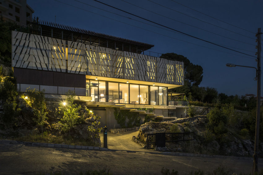 Tahan Villa by BLANKPAGE Architects (26)