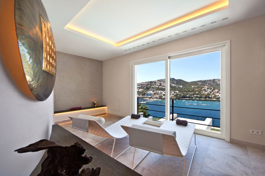 Unique Luxury Villa in Port D'Andratx (21)