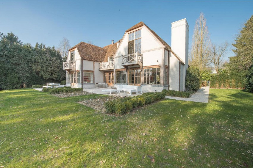 Villa Modern (1)