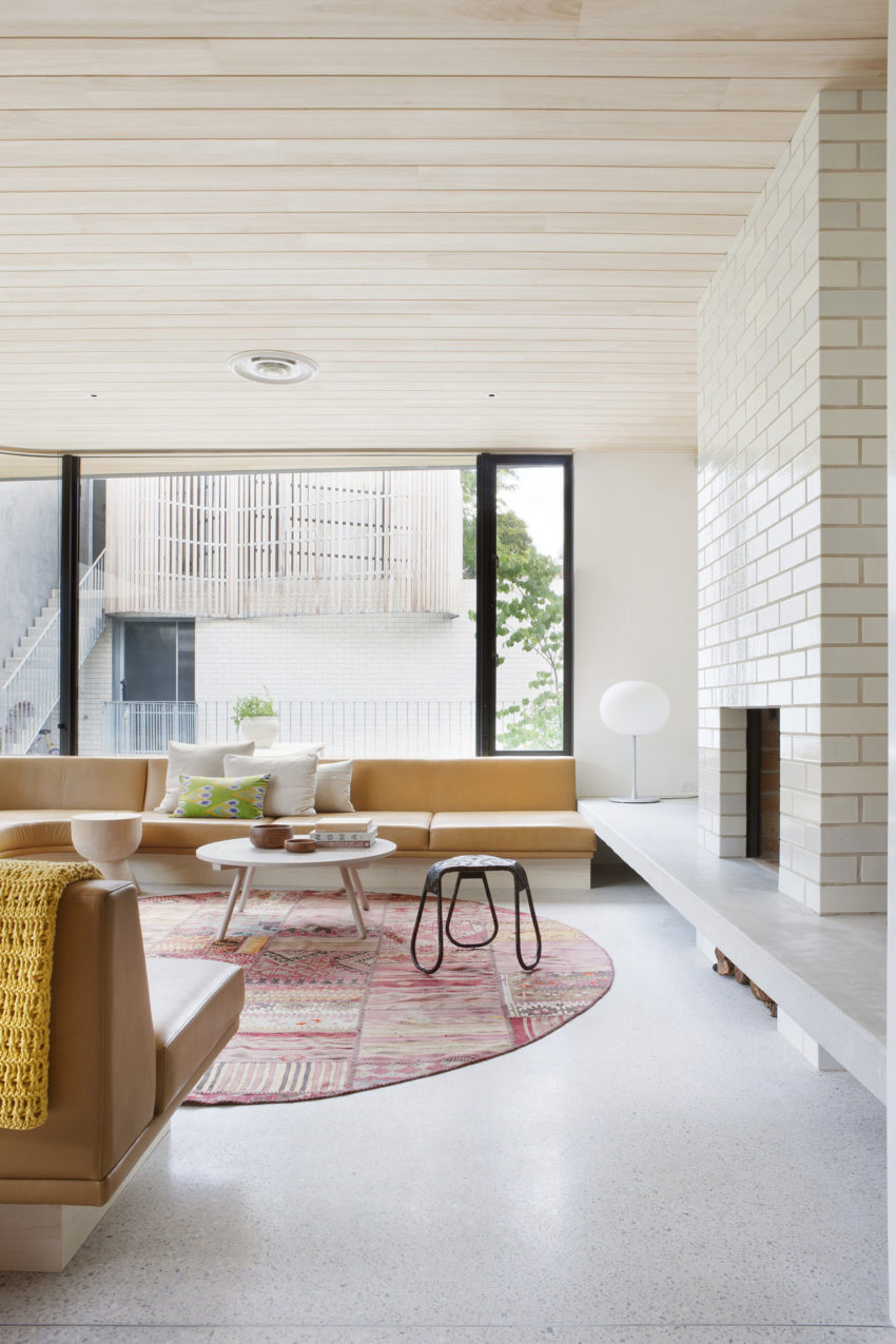 Brick House by Clare Cousins Architects (8)