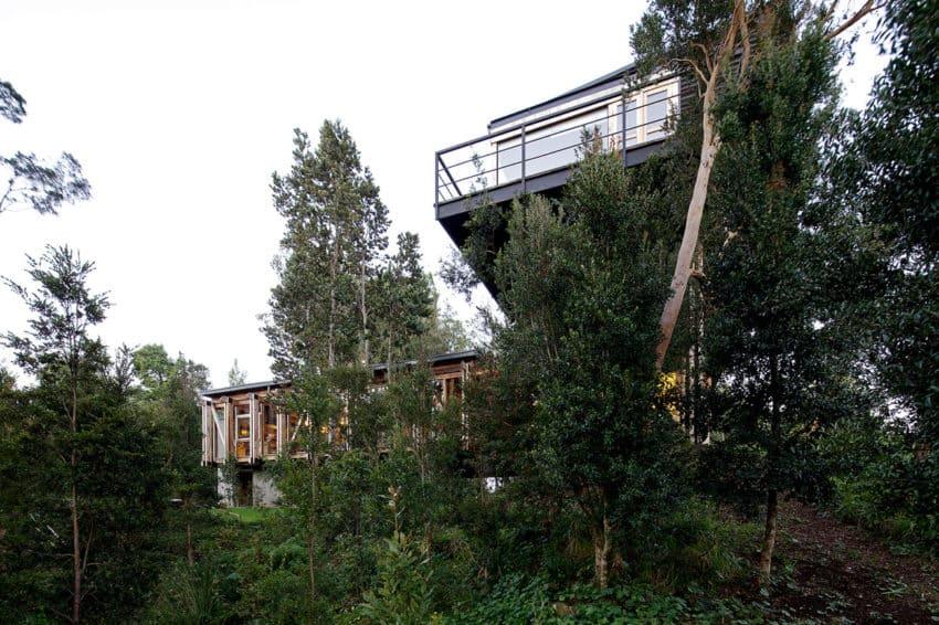 Casa Estero Puente by Aranguiz-Bunster Arquitectos (2)