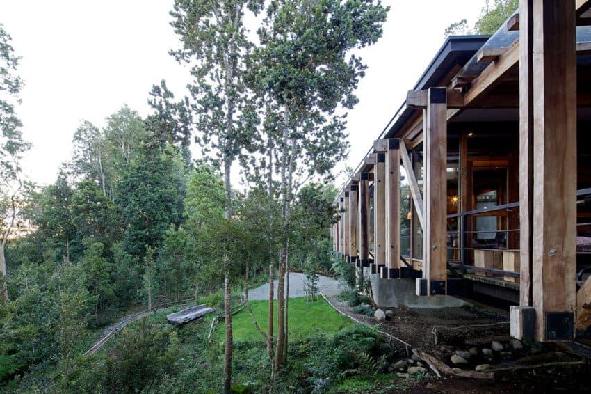 Casa Estero Puente by Aranguiz-Bunster Arquitectos (14)