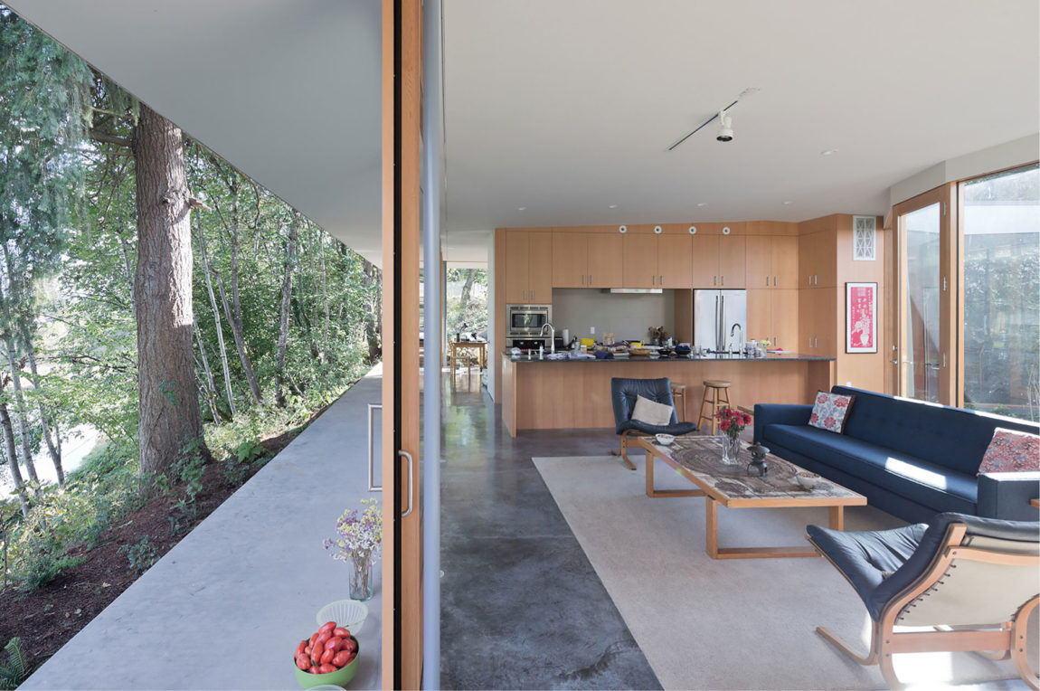 Courtyard House by NO ARCHITECTURE (3)