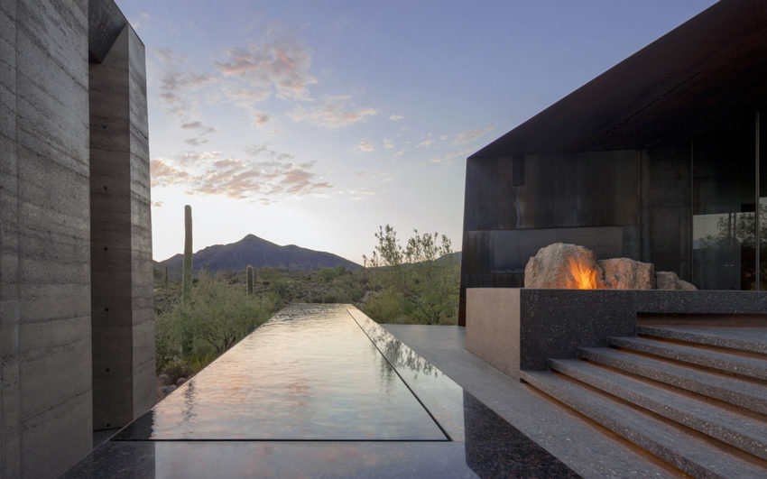 Desert Courtyard House by Wendell Burnette Architects (12)