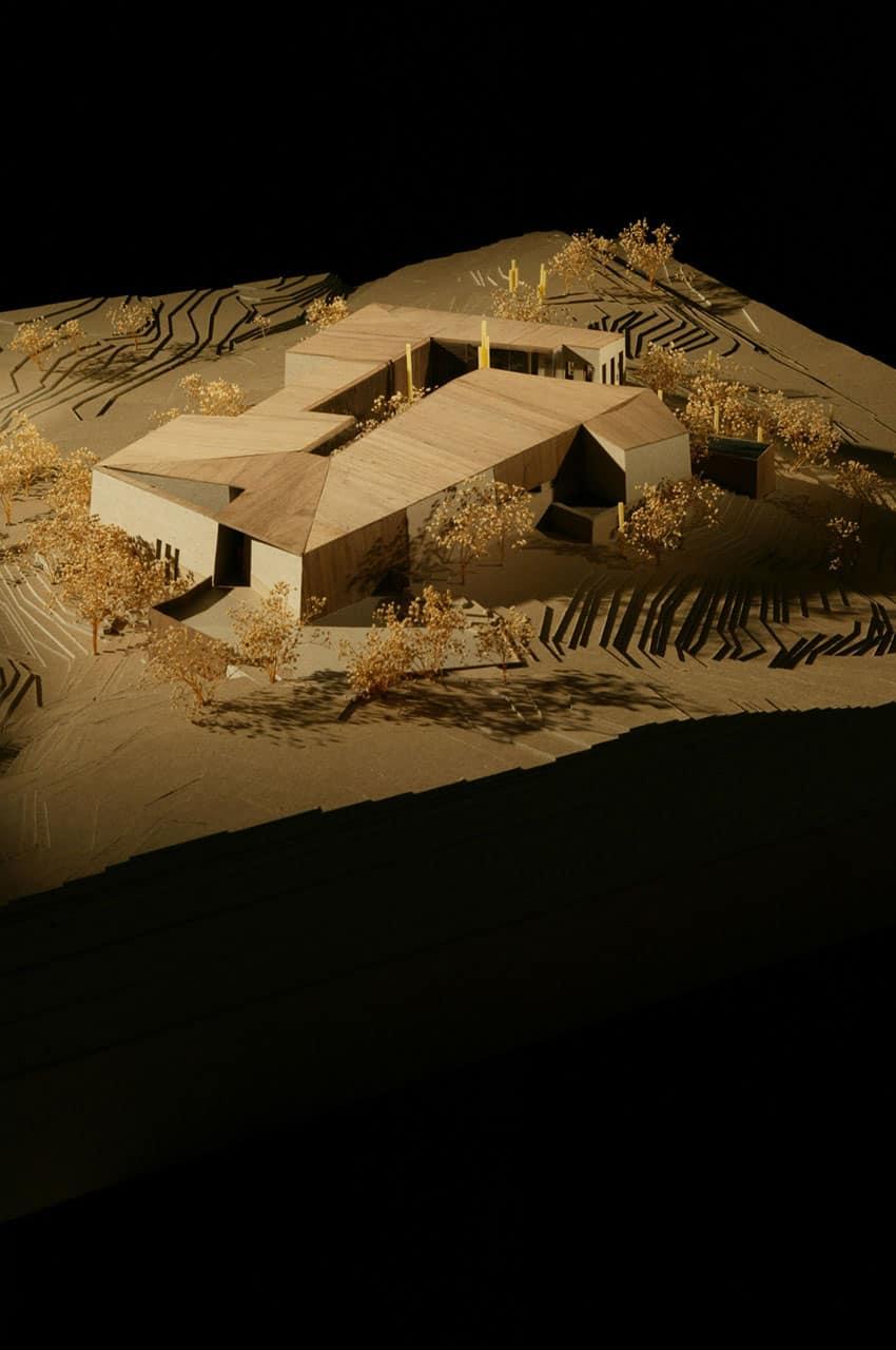 Desert Courtyard House by Wendell Burnette Architects (26)