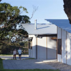 Dogtrot House by Dunn & Hillam Architects (3)