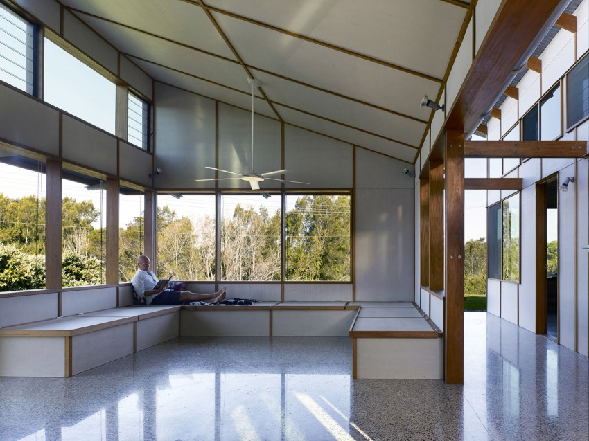 Dogtrot House by Dunn & Hillam Architects (6)