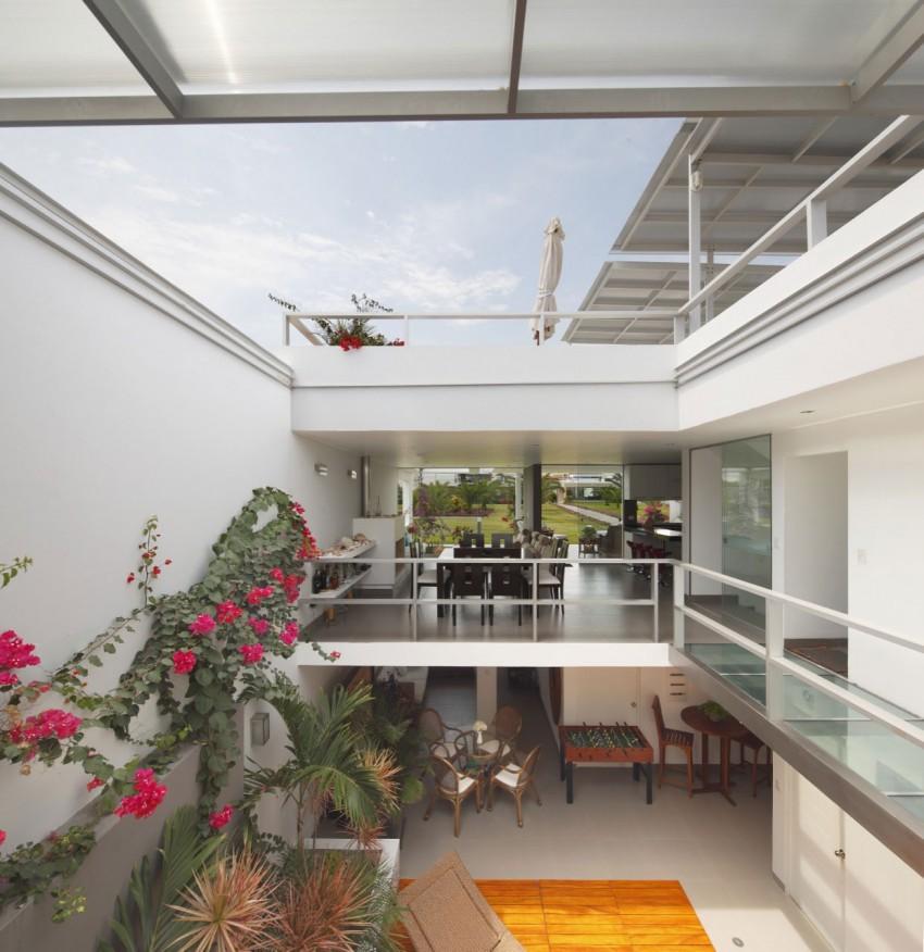 Flower House by Gómez de la Torre & Guerrero (4)