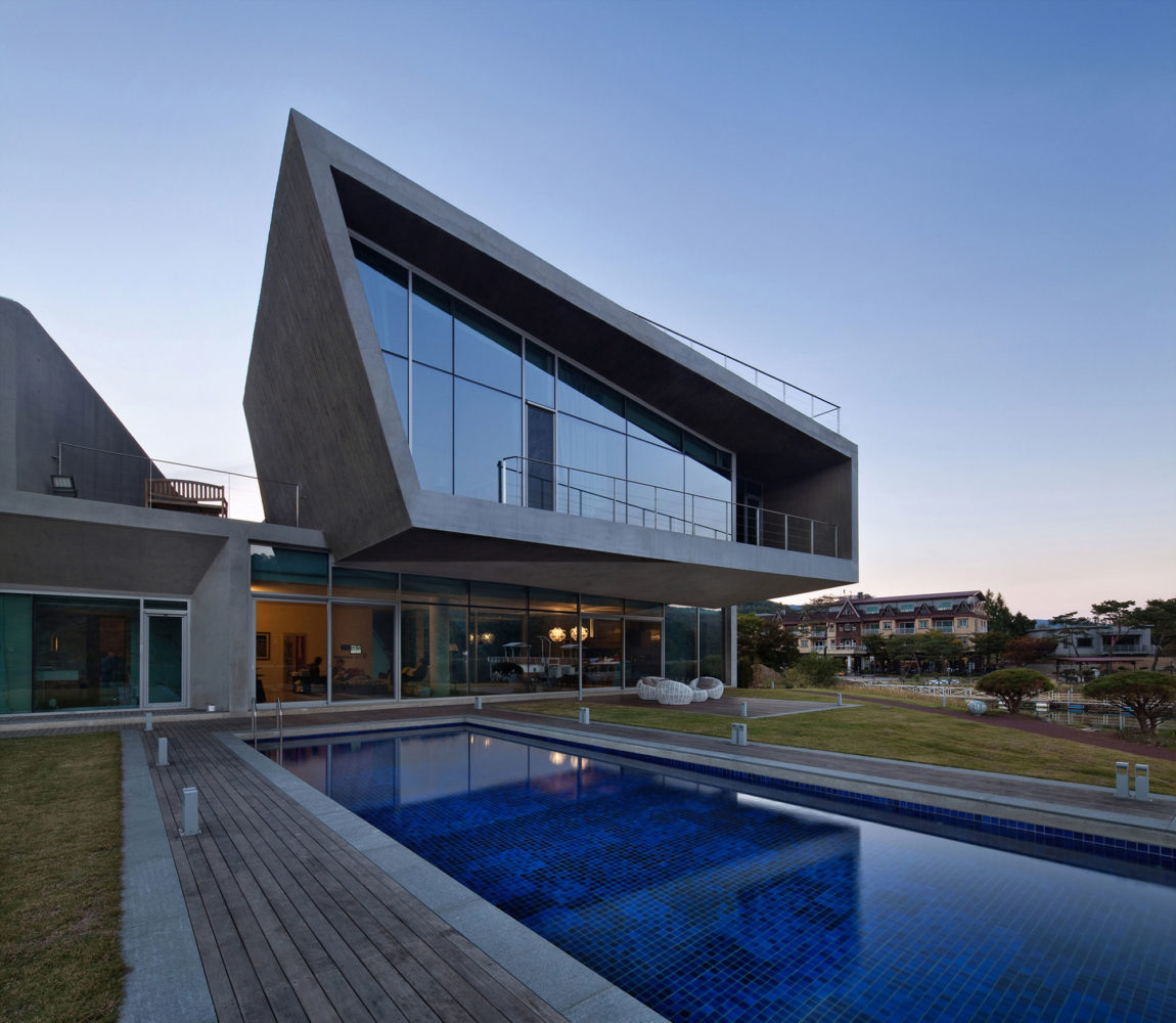 Guest House Rivendell by IDMM Architects (3)