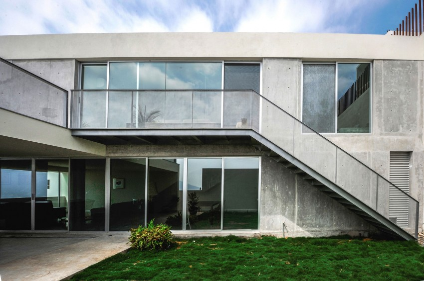 Ipe House by P+0 Arquitectura (4)