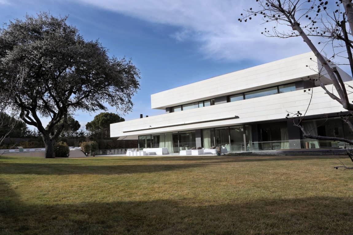 LV House by A-cero (1)