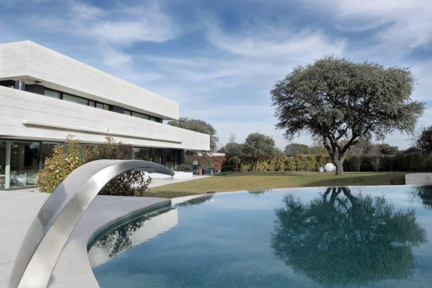 LV House by A-cero (3)
