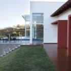 Lake House by Mutabile Arquitetura (10)