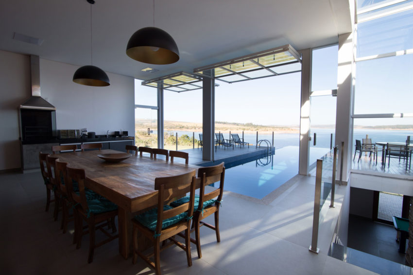 Lake House by Mutabile Arquitetura (32)