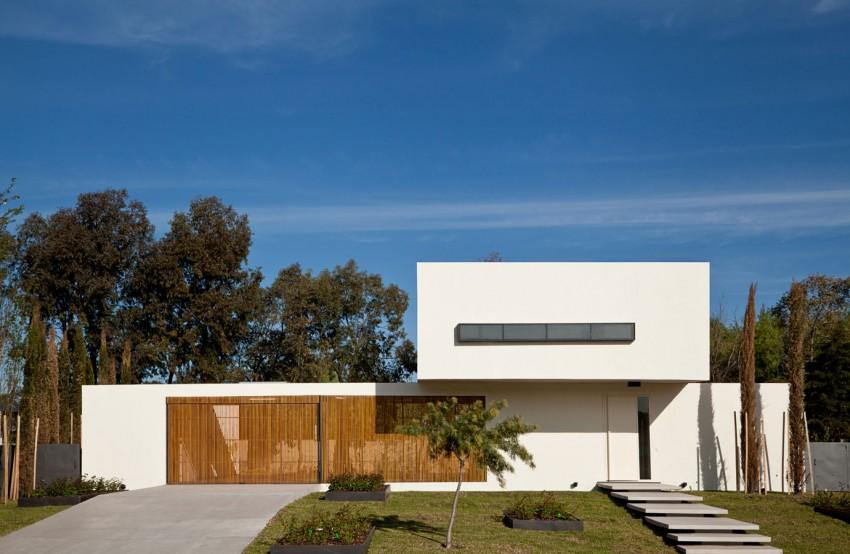 Pedro House by VDV ARQ (1)