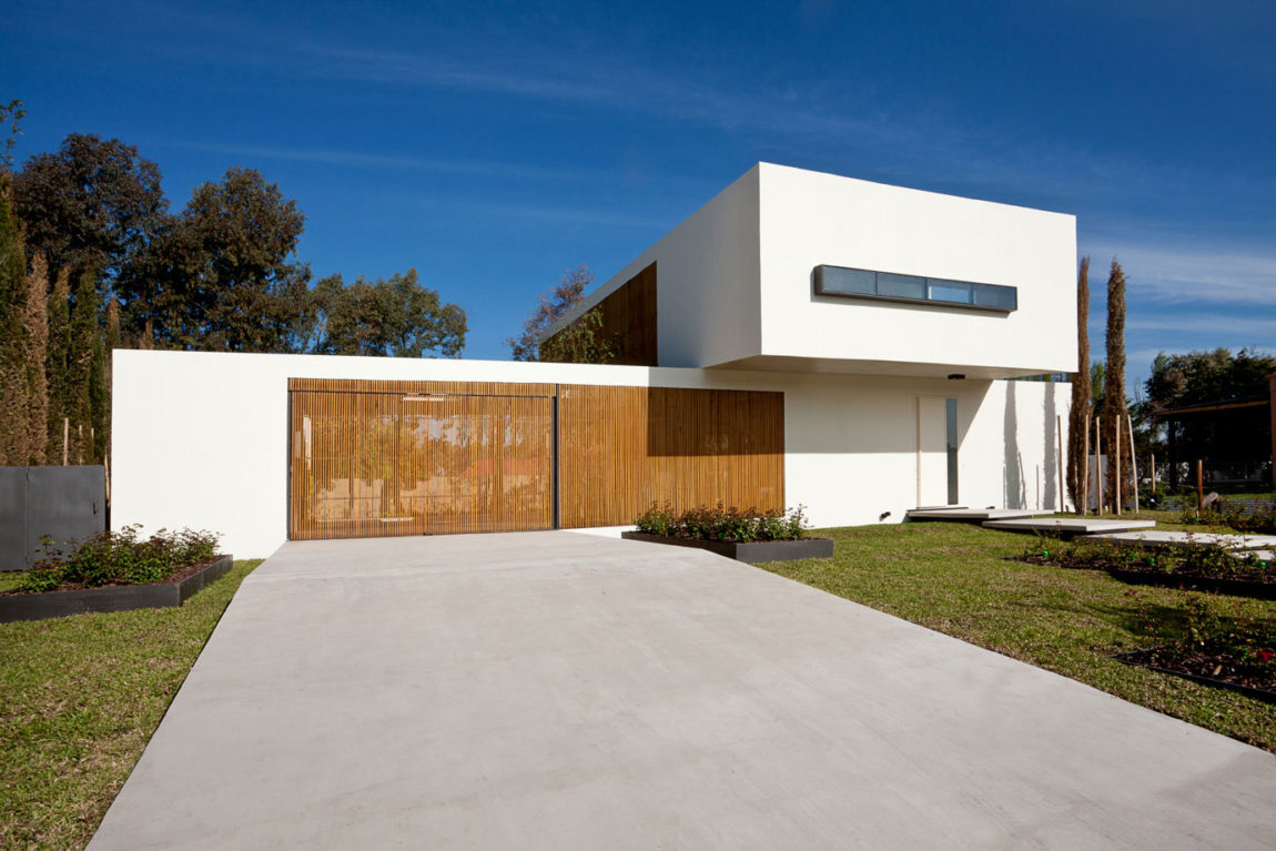 Pedro House by VDV ARQ (2)