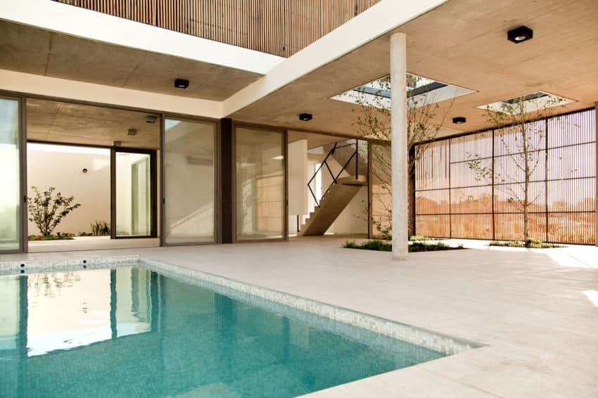 Pedro House by VDV ARQ (12)