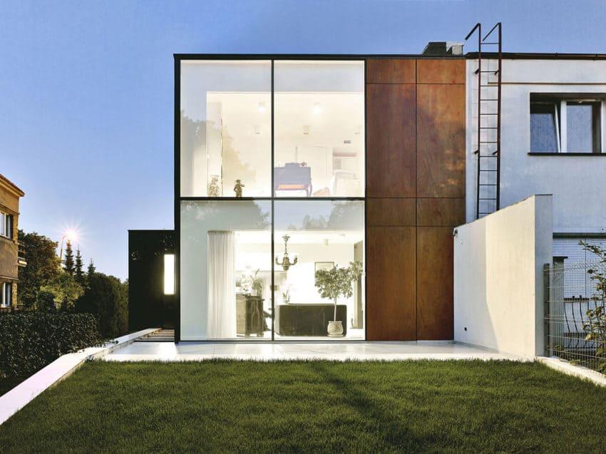 Perforated House by Piotr Kluj & Paweł Litwinowicz (20)