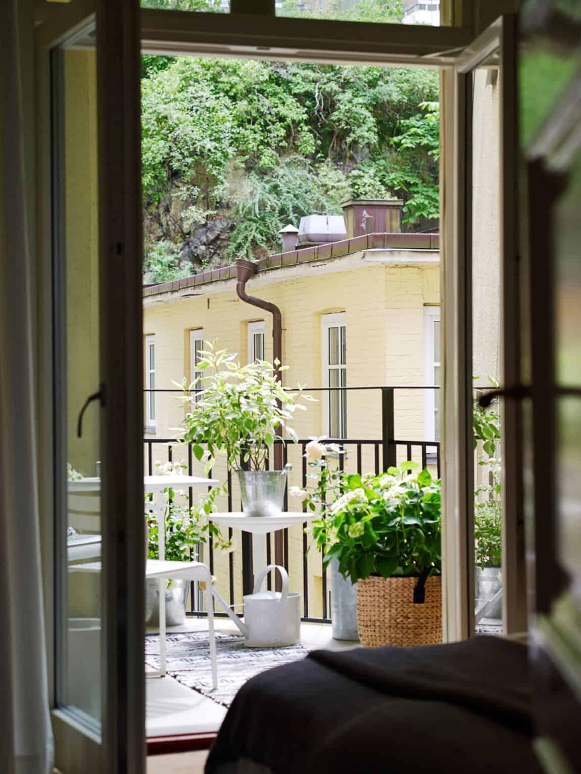 Spacious Apartment Overlooking Skansen Kronan (4)
