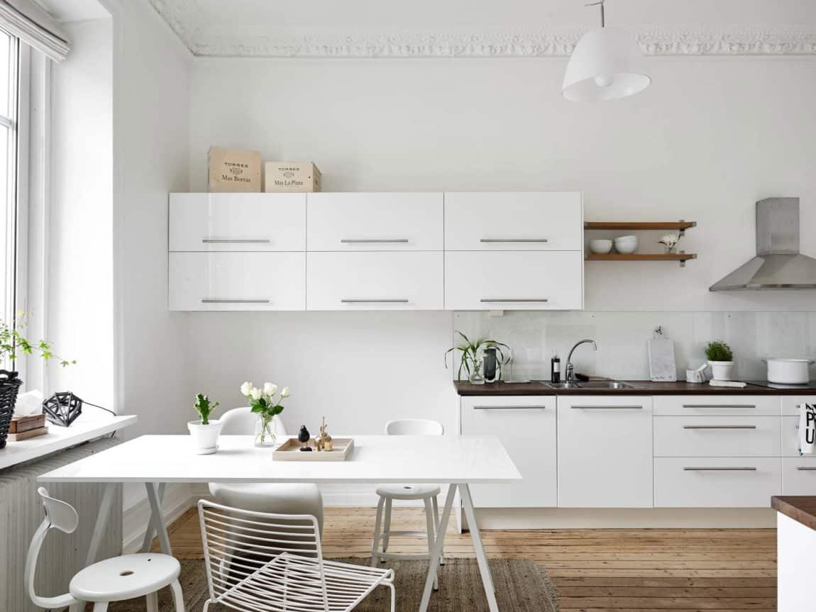 Spacious Apartment Overlooking Skansen Kronan (12)