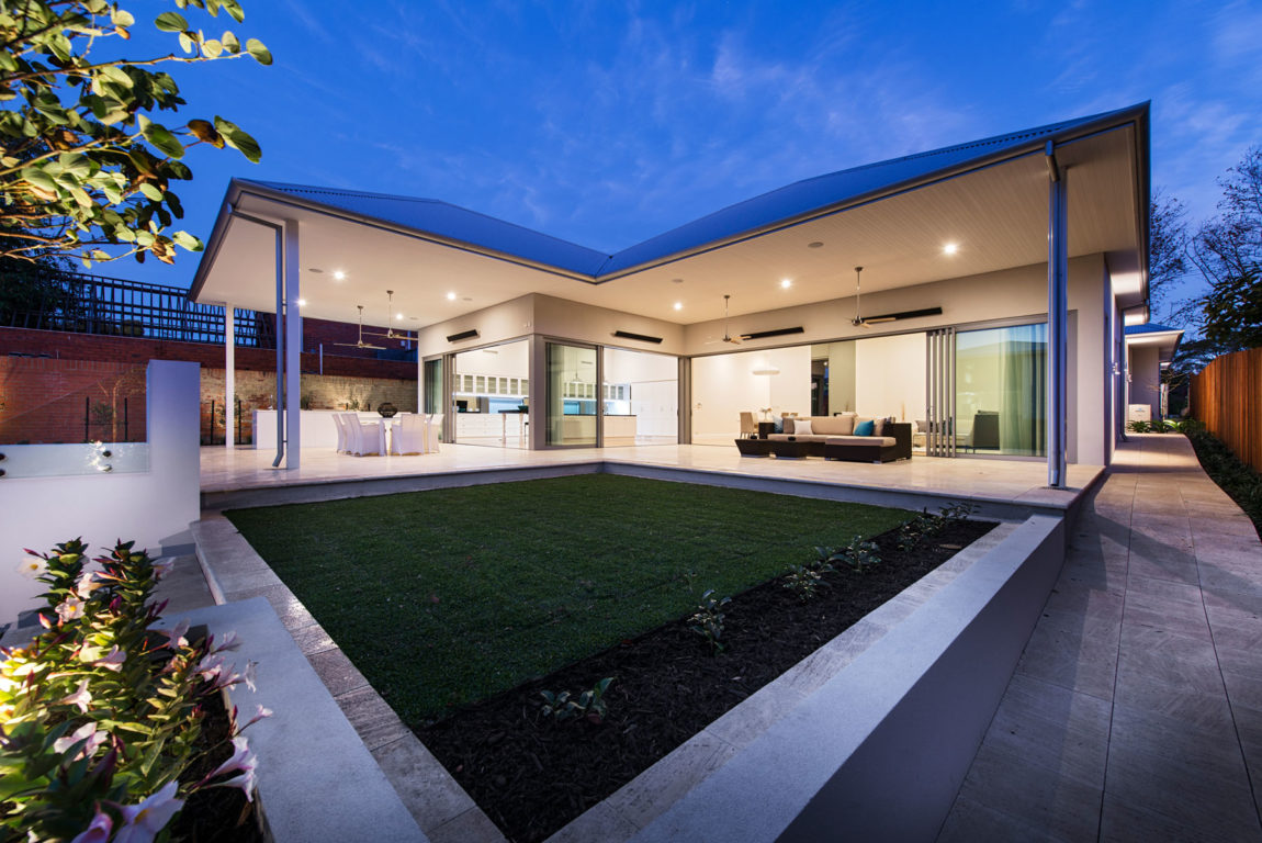 Split-Level Home by Cambuild (48)