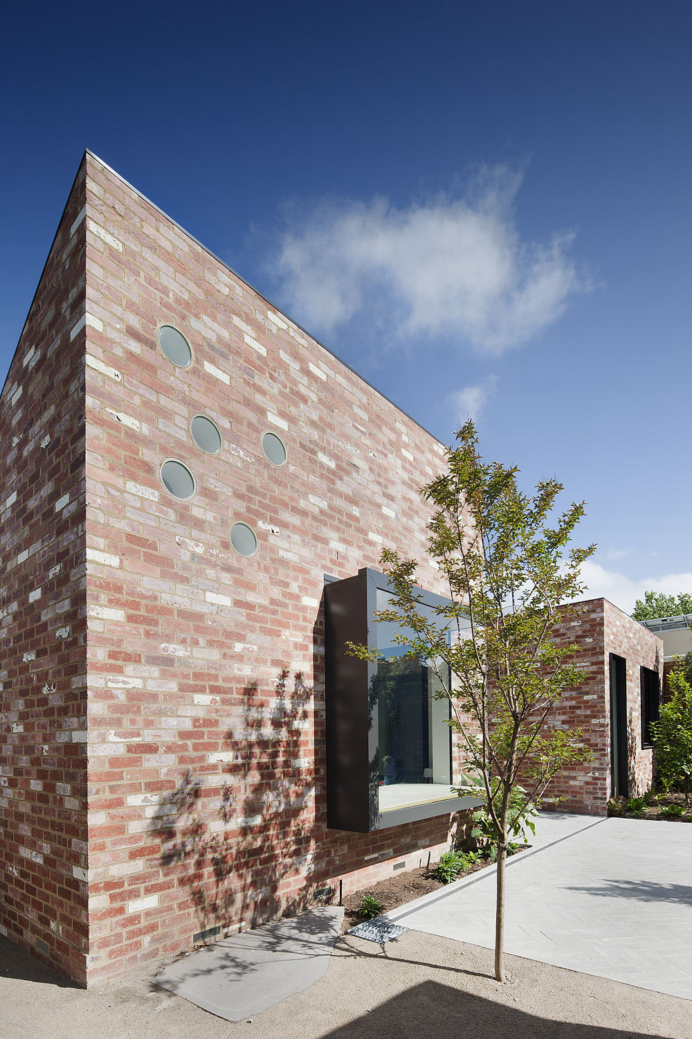 St Kilda East House by Clare Cousins Architects (2)