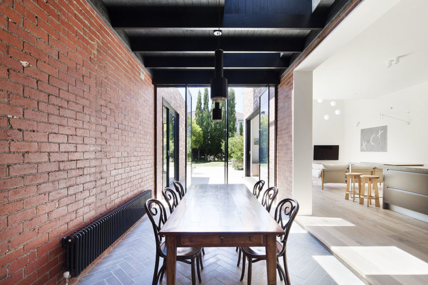 St Kilda East House by Clare Cousins Architects (9)
