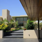 The Urbane House by Hiren Patel Architects (6)