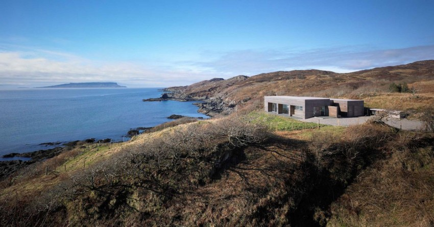 Tigh Port na Long by Dualchas Architects (1)