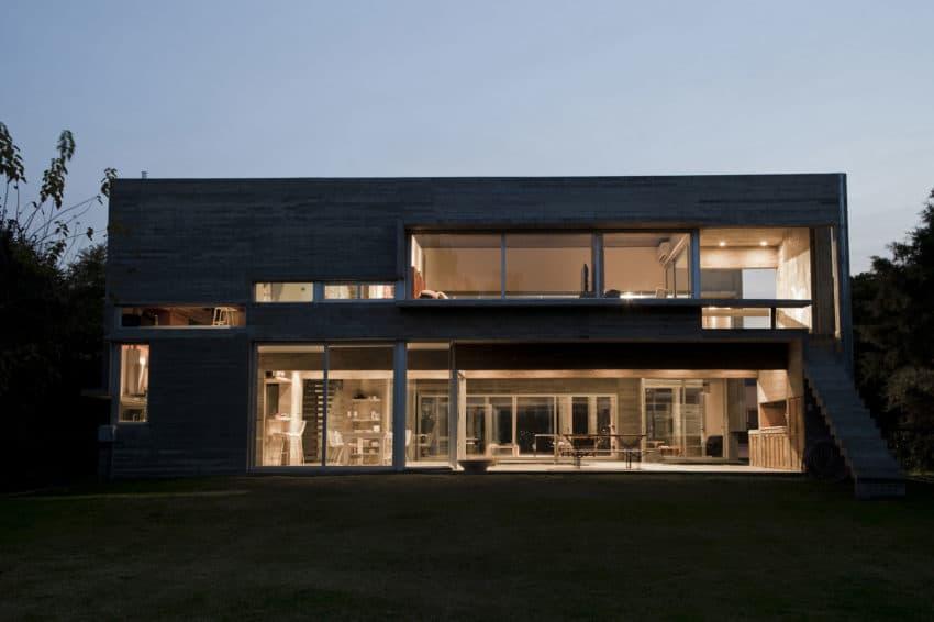 Torcuato House by BAK arquitectos (23)