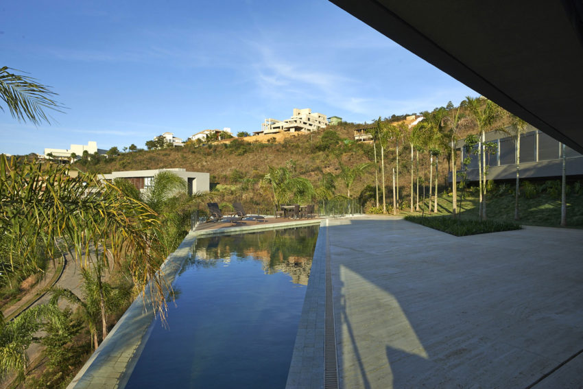 Vale dos Cristais Residence 6 by Anastasia Arquitetos (7)
