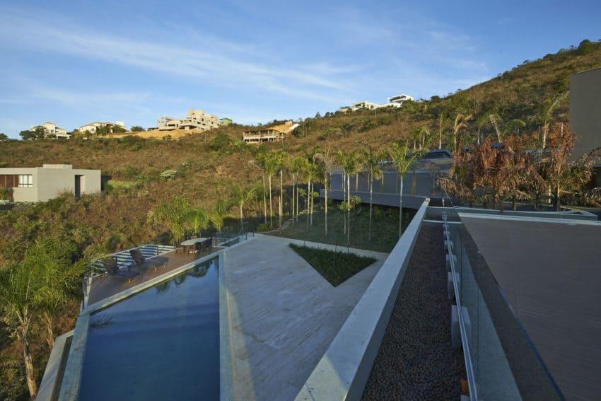 Vale dos Cristais Residence 6 by Anastasia Arquitetos (8)
