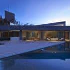 Vale dos Cristais Residence 6 by Anastasia Arquitetos (23)