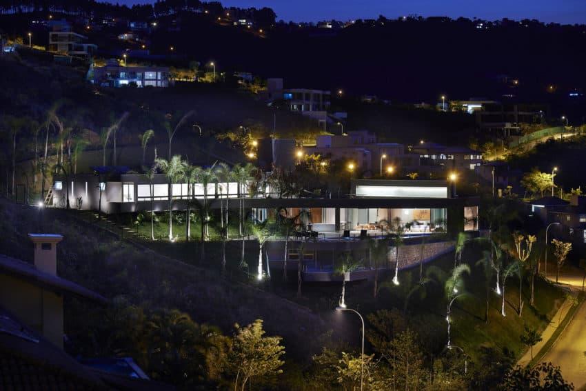 Vale dos Cristais Residence 6 by Anastasia Arquitetos (29)