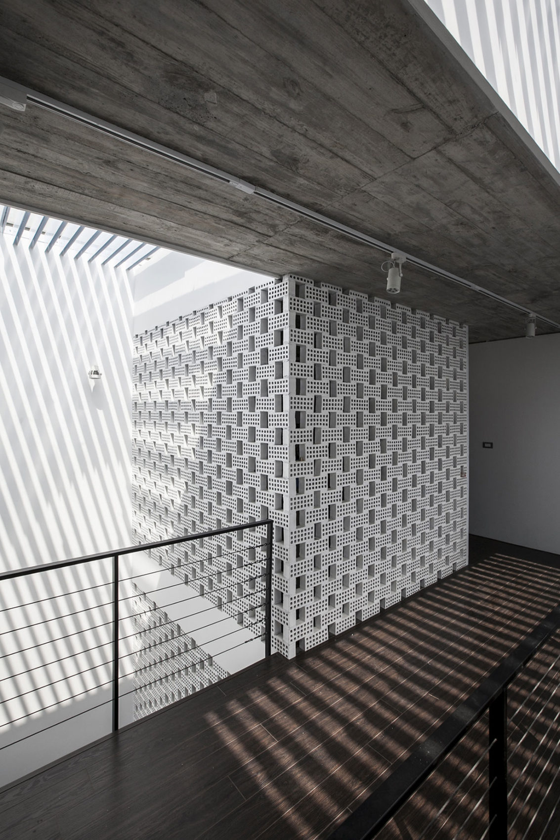 7x18 by AHL architects associates (4)