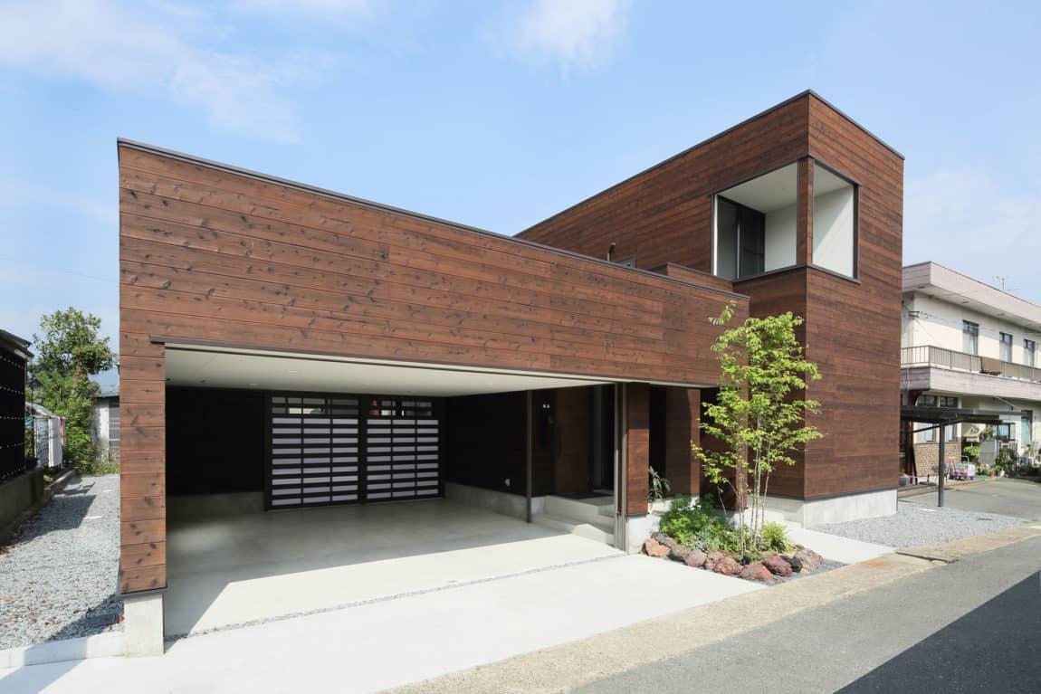 A Courtyard House by Arakawa Architects & Associates (1)