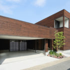 A Courtyard House by Arakawa Architects & Associates (1)