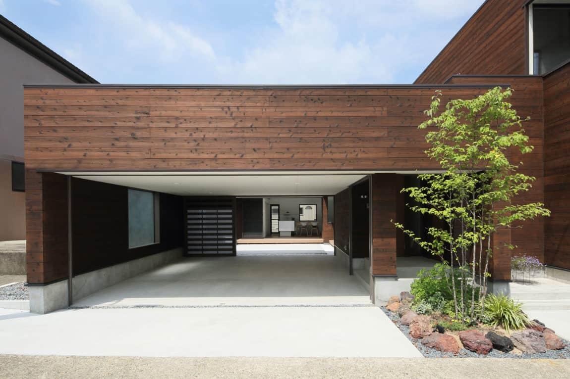 A Courtyard House by Arakawa Architects & Associates (2)