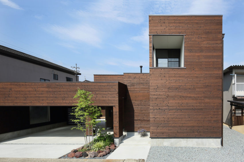 A Courtyard House by Arakawa Architects & Associates (3)
