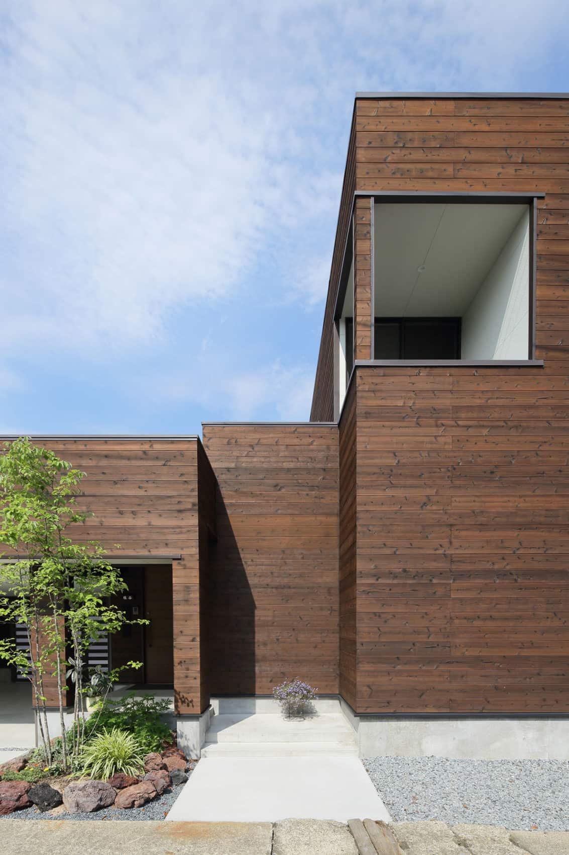 A Courtyard House by Arakawa Architects & Associates (4)