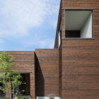 A Courtyard House by Arakawa Architects & Associates (4)