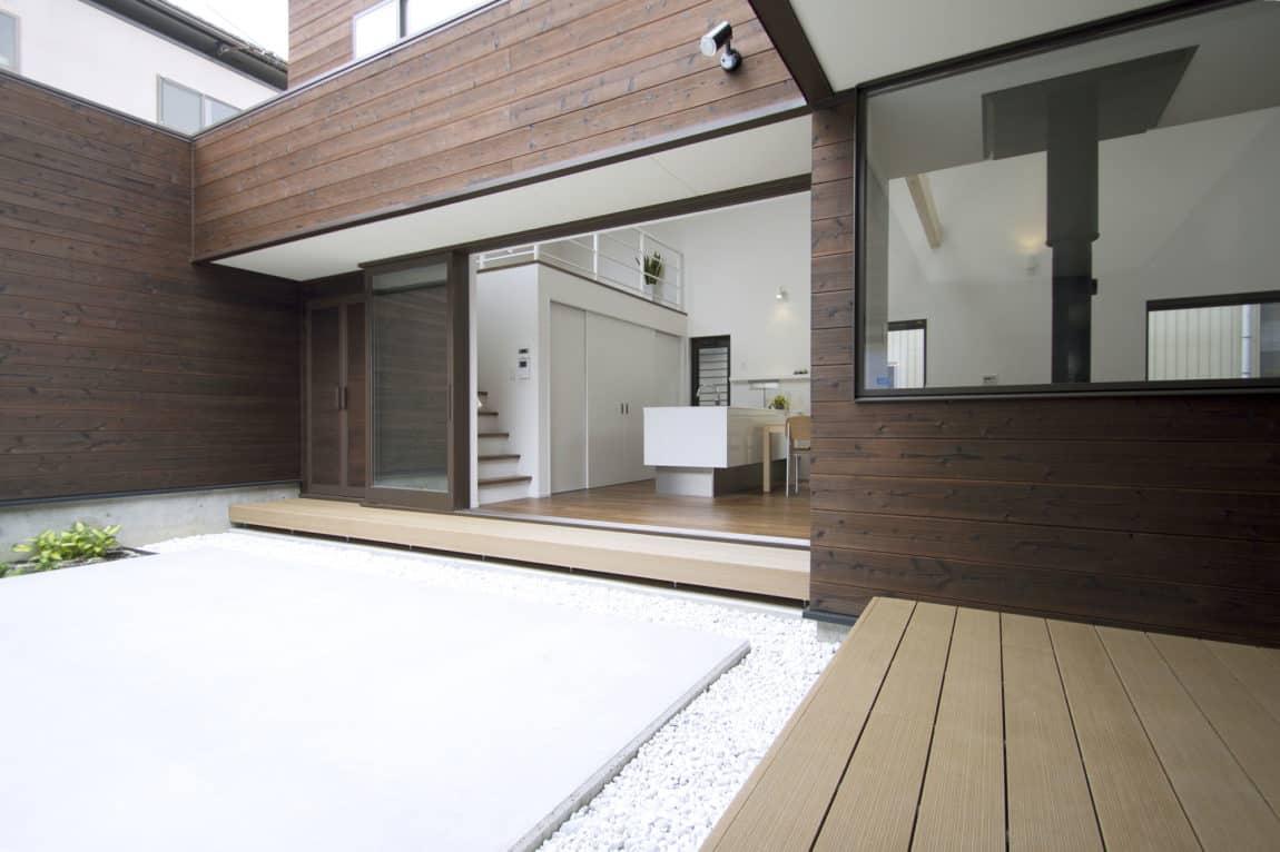 A Courtyard House by Arakawa Architects & Associates (5)