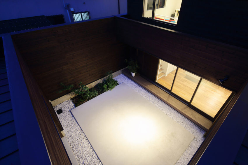 A Courtyard House by Arakawa Architects & Associates (17)