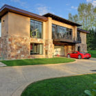 A Home with a 16-Car Garage (1)