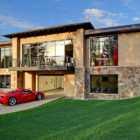 A Home with a 16-Car Garage (2)