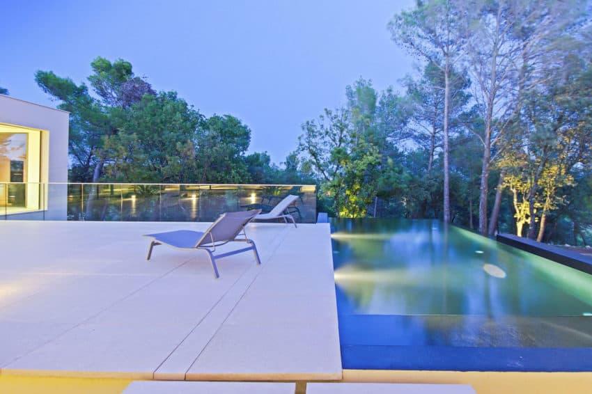 art by brengues le pavec architectes. Black Bedroom Furniture Sets. Home Design Ideas