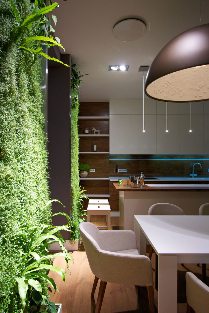 Apartment with Wall Gardens by SVOYA Studio (18)