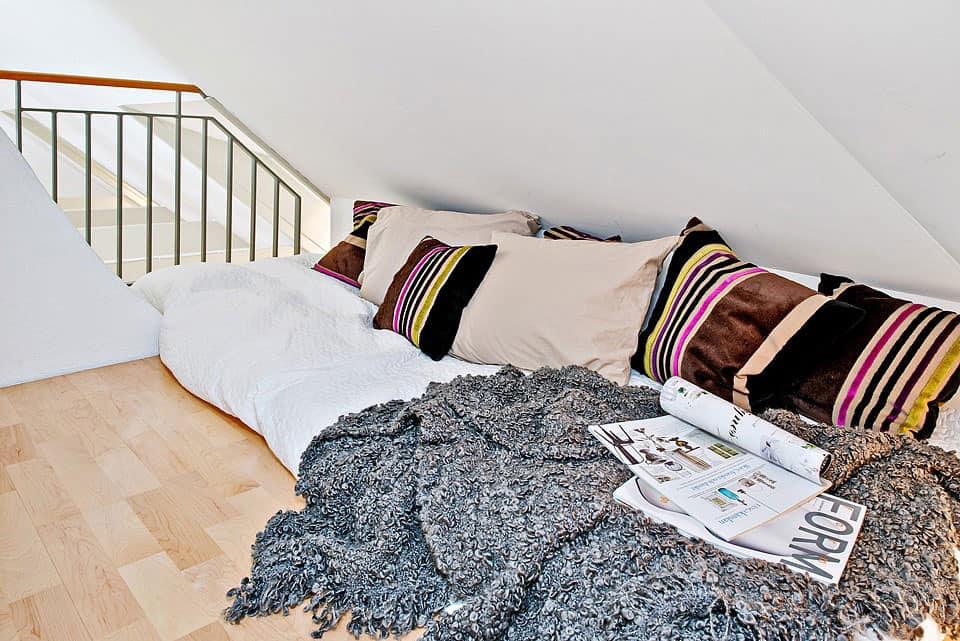 Attic Apartment in the Center of Gothenburg (13)